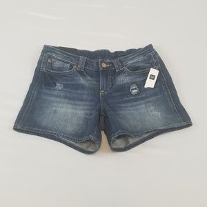 NWT Gap Denim Shorts Not Cutoffs Medium Wash 6